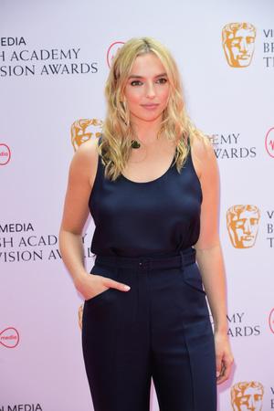 Фото №2 - Пол Мескал, Никола Кохлан, Хелена Бонэм Картер и другие гости церемонии BAFTA-2021