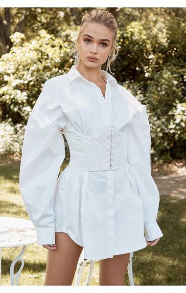 Фото №5 - Как носить платье с корсетом: идеи для вдохновения