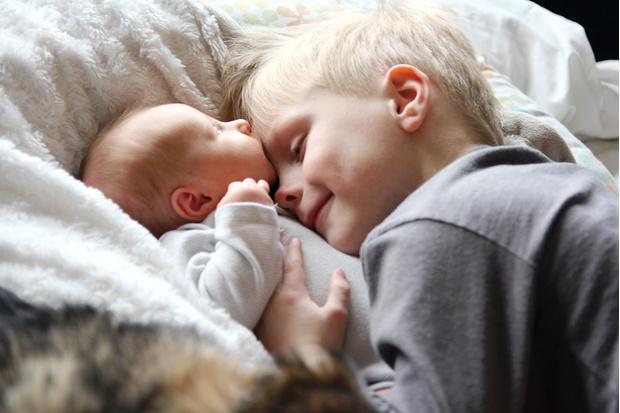 Фото №1 - 9 вещей, которые многие мамы понимают с рождением второго