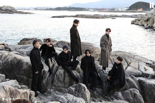 Фото №44 - Снежные ангелы: Big Hit Entertainment выложил 65 новых фото BTS 😍
