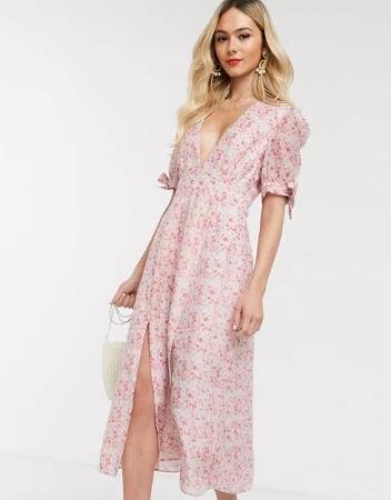 Фото №4 - 15 цветочных розовых платьев как у Селены Гомес в новом видео De Una Vez