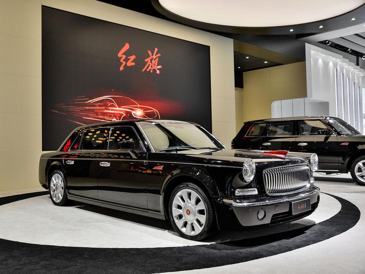 Фото №2 - Необычные автомобили, на которых передвигаются главы государств