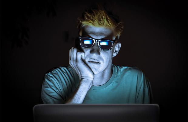 Фото №1 - Письмо главного редактора: «Человек, который разговаривает с соцсетью»