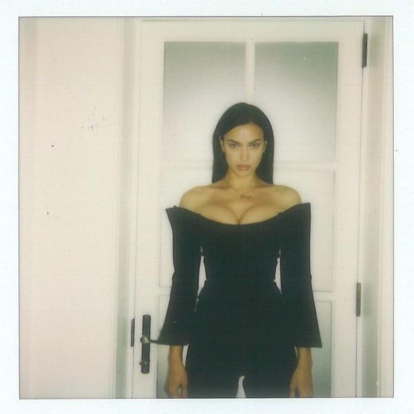 Фото №3 - Ирина Шейк в кожаном корсете— красиво, но больно!