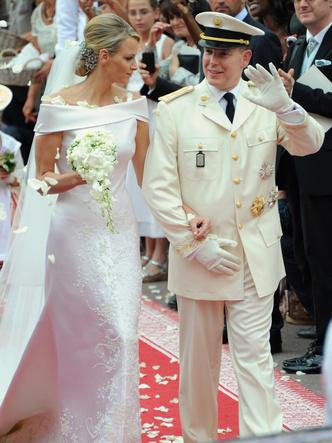 Фото №12 - Брачный конфуз: 7 неприятностей, случившихся на королевских свадьбах