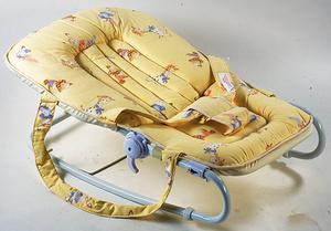 Фото №5 - Кресло-качалка для малыша
