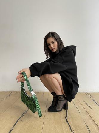 Фото №11 - Как носить худи и выглядеть стильно: 6 свежих фэшн-идей от основателей MANEKEN BRAND