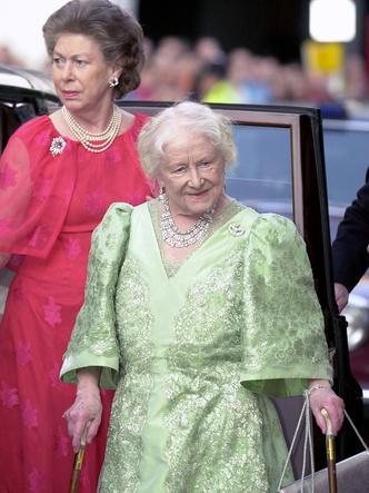 Фото №15 - От Анны Болейн до принца Филиппа: королевские супруги, изменившие историю