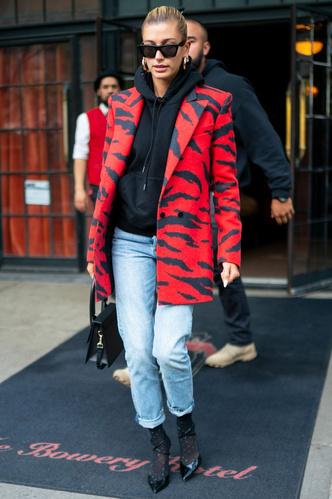 Фото №7 - Свитер и джинсы— это скучно. Лови 40 модных идей, что носить осенью 2021 😎