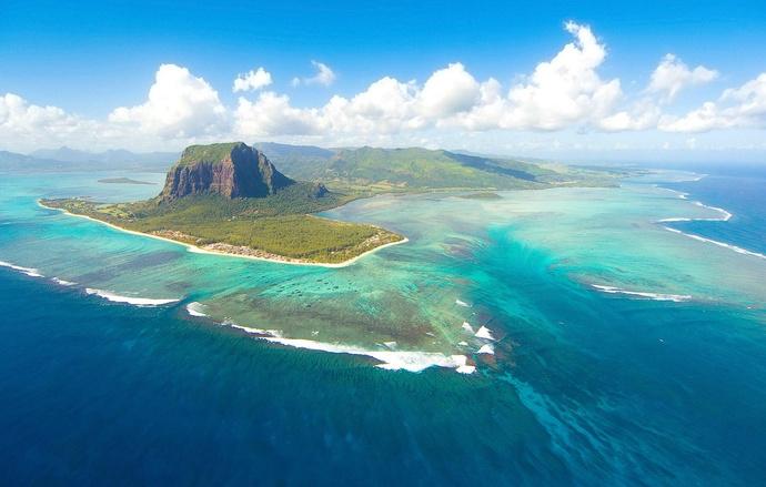 7. Маврикий, Африка