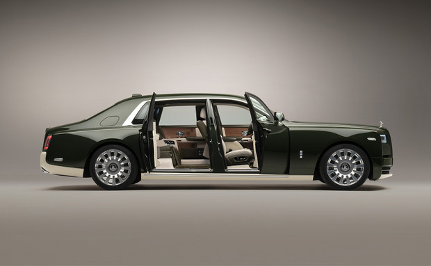 Фото №1 - Rolls-Royce представили автомобиль в коллаборации с Hermès