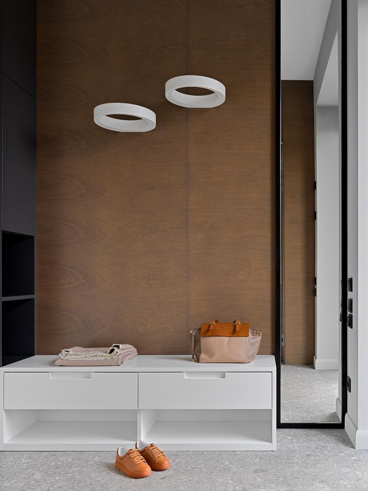 Фото №21 - Дом в Подмосковье 250 м² с камином и большими окнами