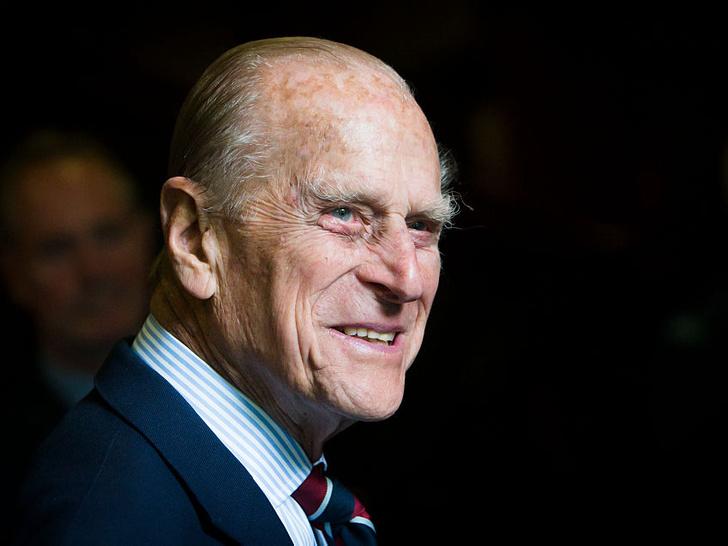 Фото №1 - Редкий момент: принц Филипп сделал новое официальное заявление