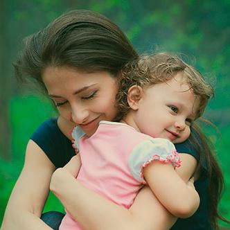 Фото №1 - Требуется нежность: для чего детям нужны объятья