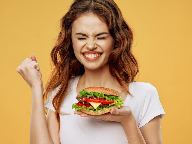 Фото №1 - Рот на замок! 12 хитростей, которые помогут вам начать есть меньше