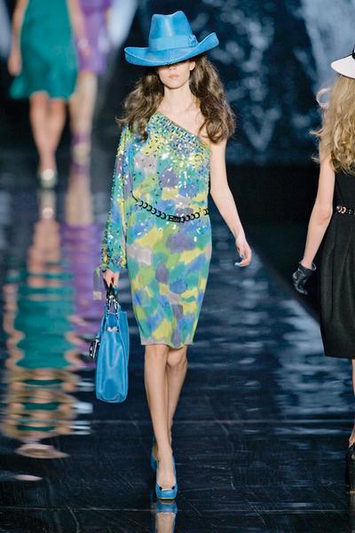 Фото №5 - 7 модных платьев, 7 модных интерьеров