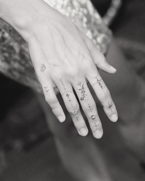 Фото №2 - Хейли Бибер посвятила новую татуировку Джастину— ты должна ее увидеть