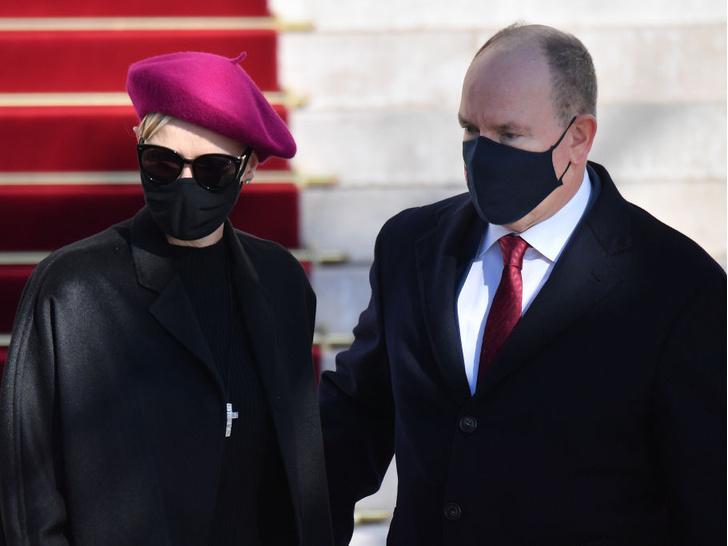 Фото №3 - Князь Альбер впервые прокомментировал слухи о разводе с княгиней Шарлен (вышло неубедительно)