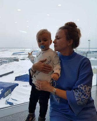 Фото №2 - Редкое фото: Мария Миронова показала годовалого сына