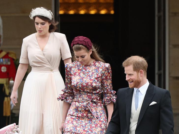 Фото №4 - Гарри отрекся от отца, а Чарльз и Камилла на грани развода: 5 новых (и очень странных слухов) о Виндзорах