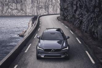 Фото №4 - Названы лучшие автомобили года в России