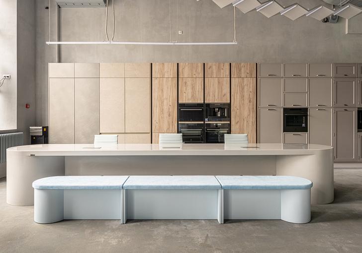 Фото №2 - Новый флагманский бутик мебельной фабрики «Мария»