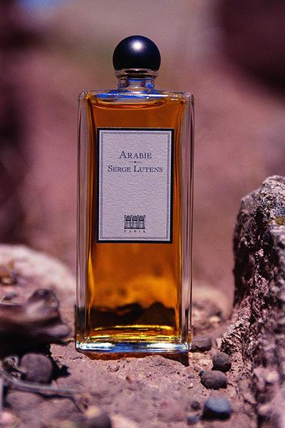 Фото №2 - Смерть от удушья за рабочим столом: парфюмерный дресс-код