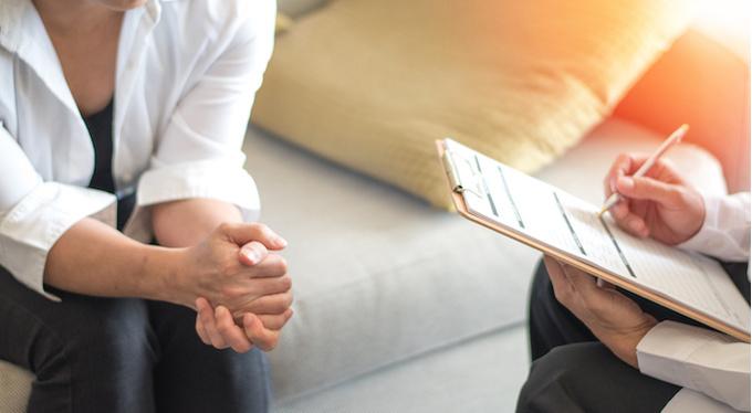 Терапия изнутри: зачем слушать «околопсихологические» подкасты