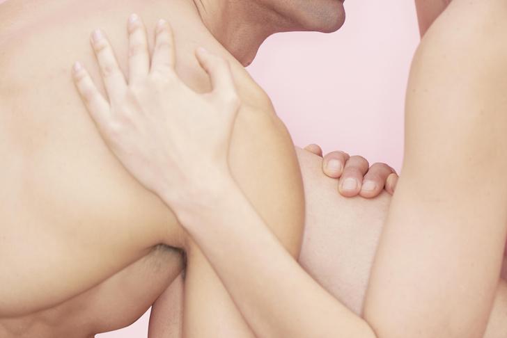 Фото №3 - Как менструальный цикл влияет на секс и возбуждение 👈
