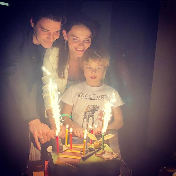 Фото №1 - Скрытные Максим Матвеев и Елизавета Боярская показали 9-летнего красавчика-сына и признались друг другу в любви