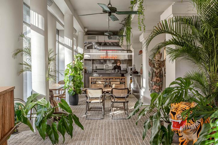 Фото №2 - «Тайский привет»: паназиатское дизайнерское кафе в Киеве