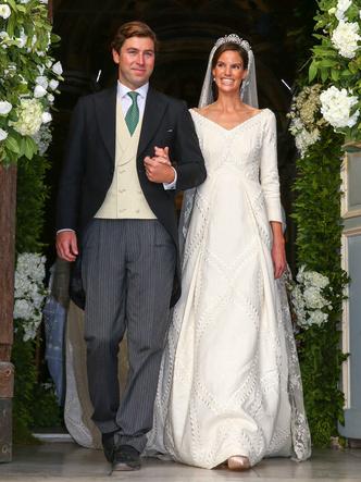 Фото №3 - Принцесса и бизнесмен: еще одна королевская свадьба Лихтенштейна— с идеальным платьем невесты и старинной тиарой