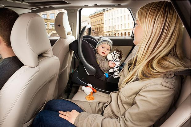 Фото №1 - Основы детской безопасности в машине