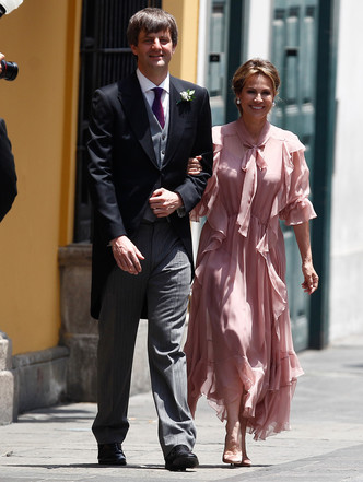 Фото №8 - Гордость женихов и невест: самые стильные мамы на королевских свадьбах