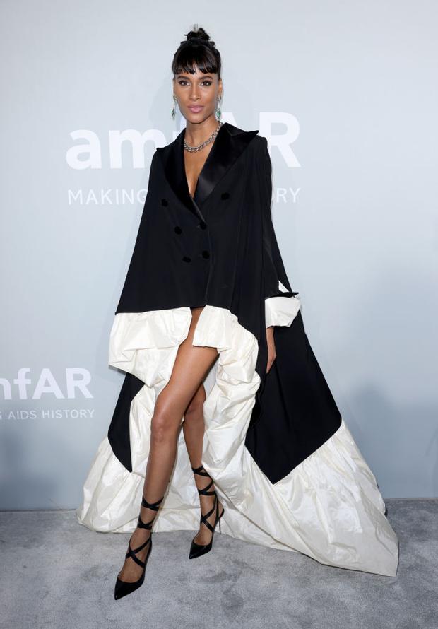 Фото №3 - Самое красивое платье бала amfAR. Версия 2. Смокинг с подъюбником Синди Бруна