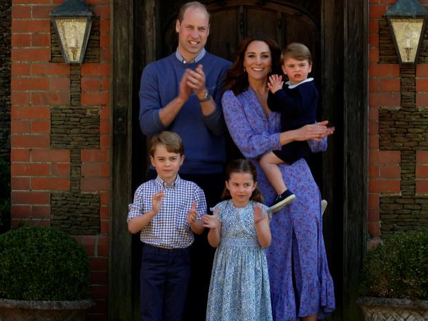 Фото №5 - Мамина копия: самые трогательные совместные фото герцогини Кейт и принца Луи