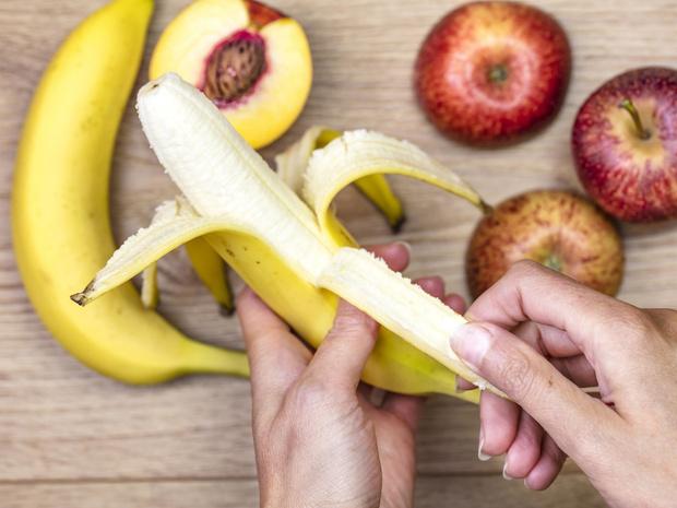 Фото №2 - 7 фруктов и ягод, которые нельзя есть каждый день (и почему)