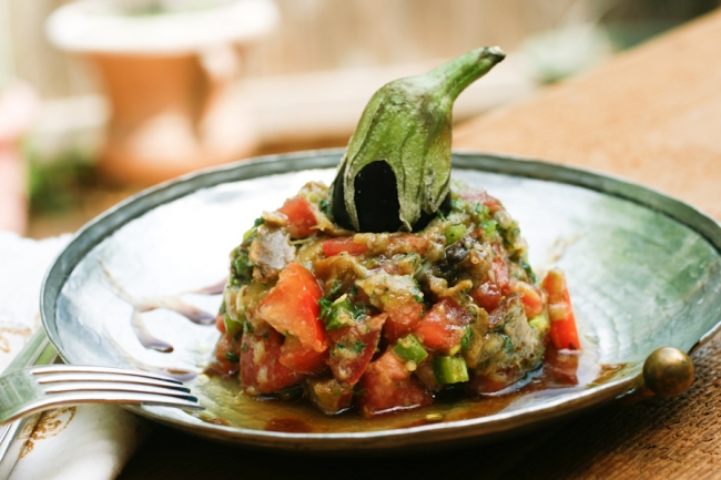 Быстрый салат из баклажанов