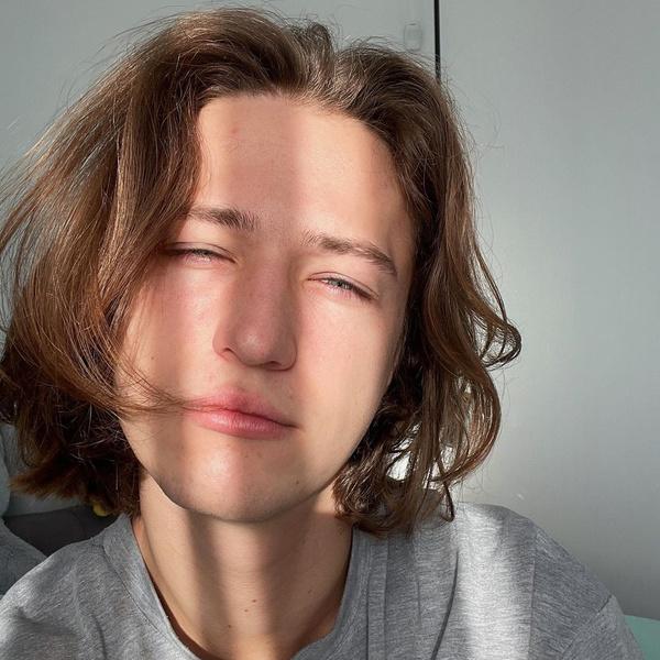 Фото №1 - Эксклюзив ELLE Girl: Блогер ЯнГо— о возвращении на YouTube, экологии и путешествиях