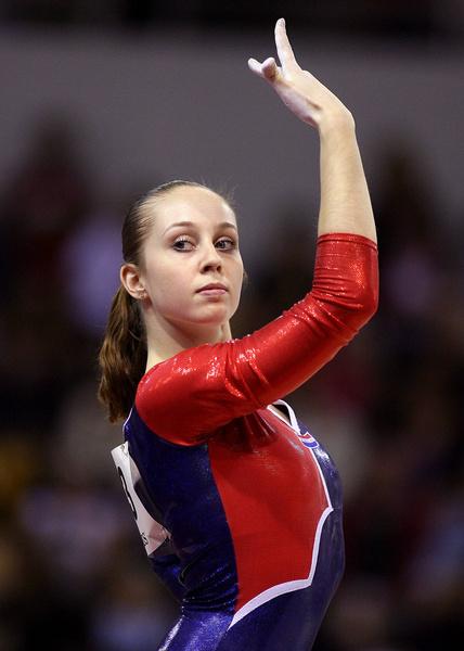 Фото №1 - Известная гимнастка рассказала, почему променяла спорт на порно