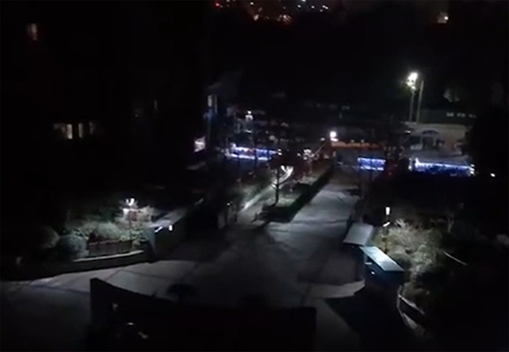 Фото №1 - В Китае диспетчер оповещения заснул на пульте и на весь город транслировал свой храп (видео)