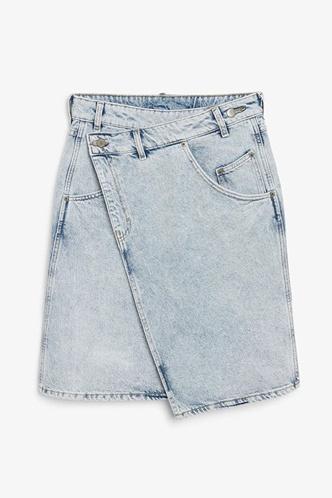 Фото №11 - 3 нескучных образа для тех, кому надоело носить только джинсы и футболки