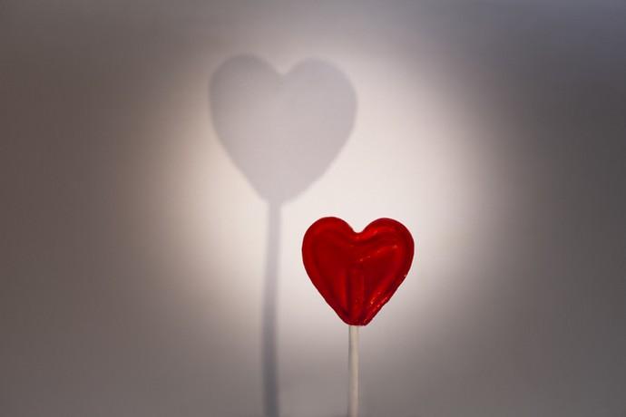 If love turns into addiction