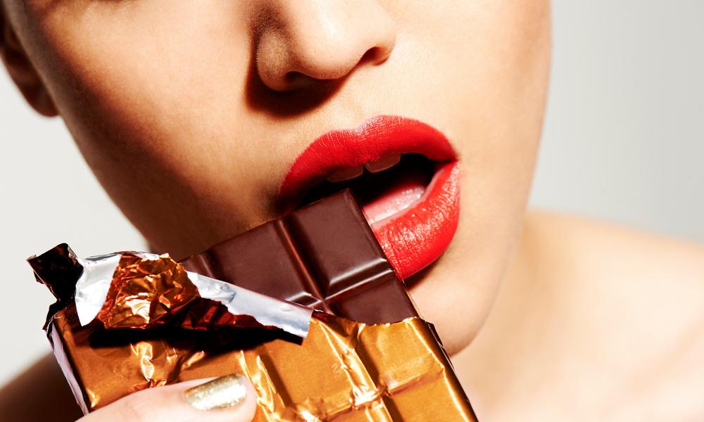 «Сахарное лицо»: как с возрастом меняется кожа у сладкоежек