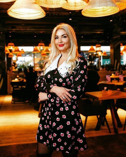 Фото №4 - Бизнес-леди, многодетная мама и борец за женские права: что известно о 38-летней «Миссис Россия-2021»