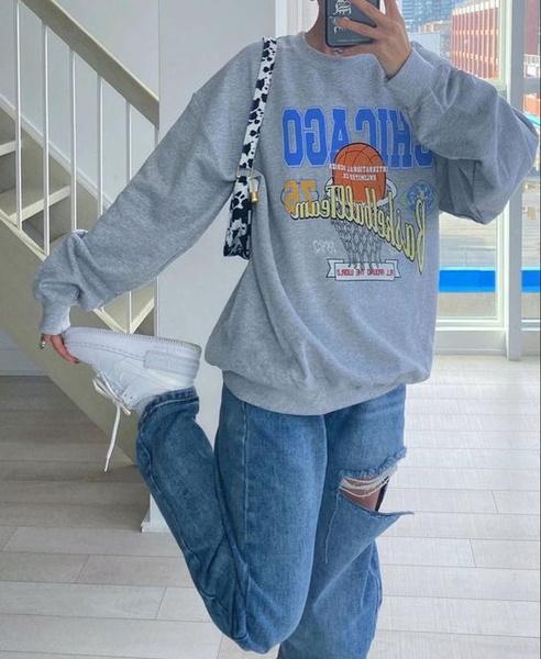 Фото №4 - Как носить простой свитшот и не выглядеть так, будто ты надела первое, что выпало из шкафа