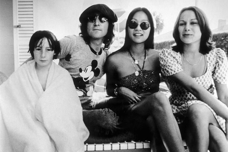 Фото №2 - В Нью-Йорке продается бывший пентхаус Джона Леннона