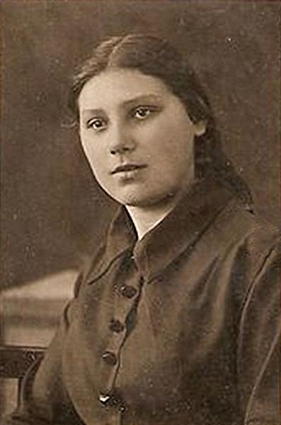 Вера Андрианова