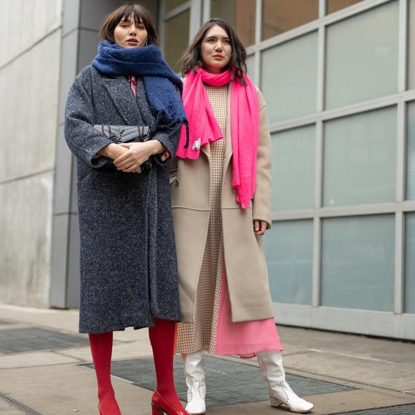 Фото №1 - Модные шарфы на осень 2021: 20 вариантов на любой вкус