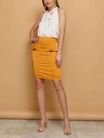 Фото №11 - 5 моделей юбок, которые давно устарели (и чем их заменить)